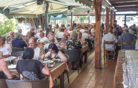 Location salle repas de groupe Hyères Toulon Bormes Var 83